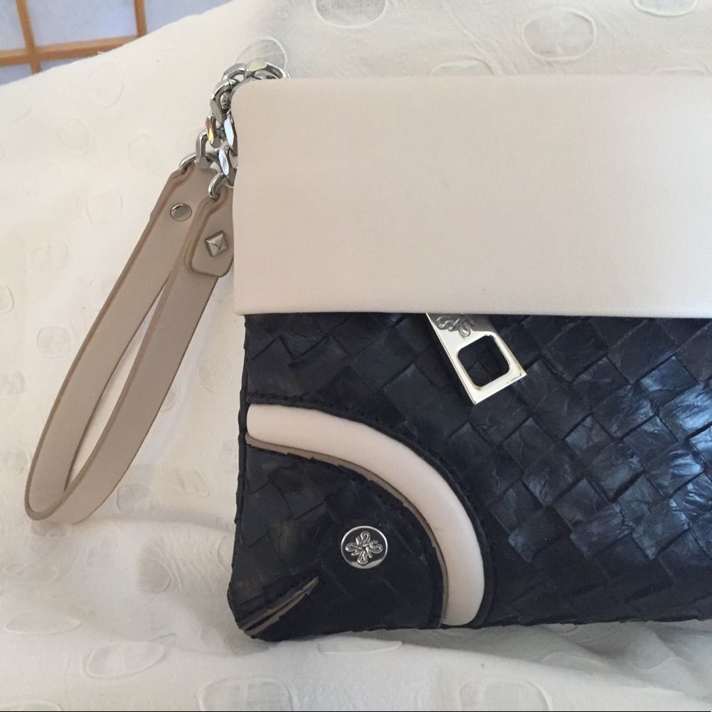 Nwot vera wang wristletwallet black and cream products