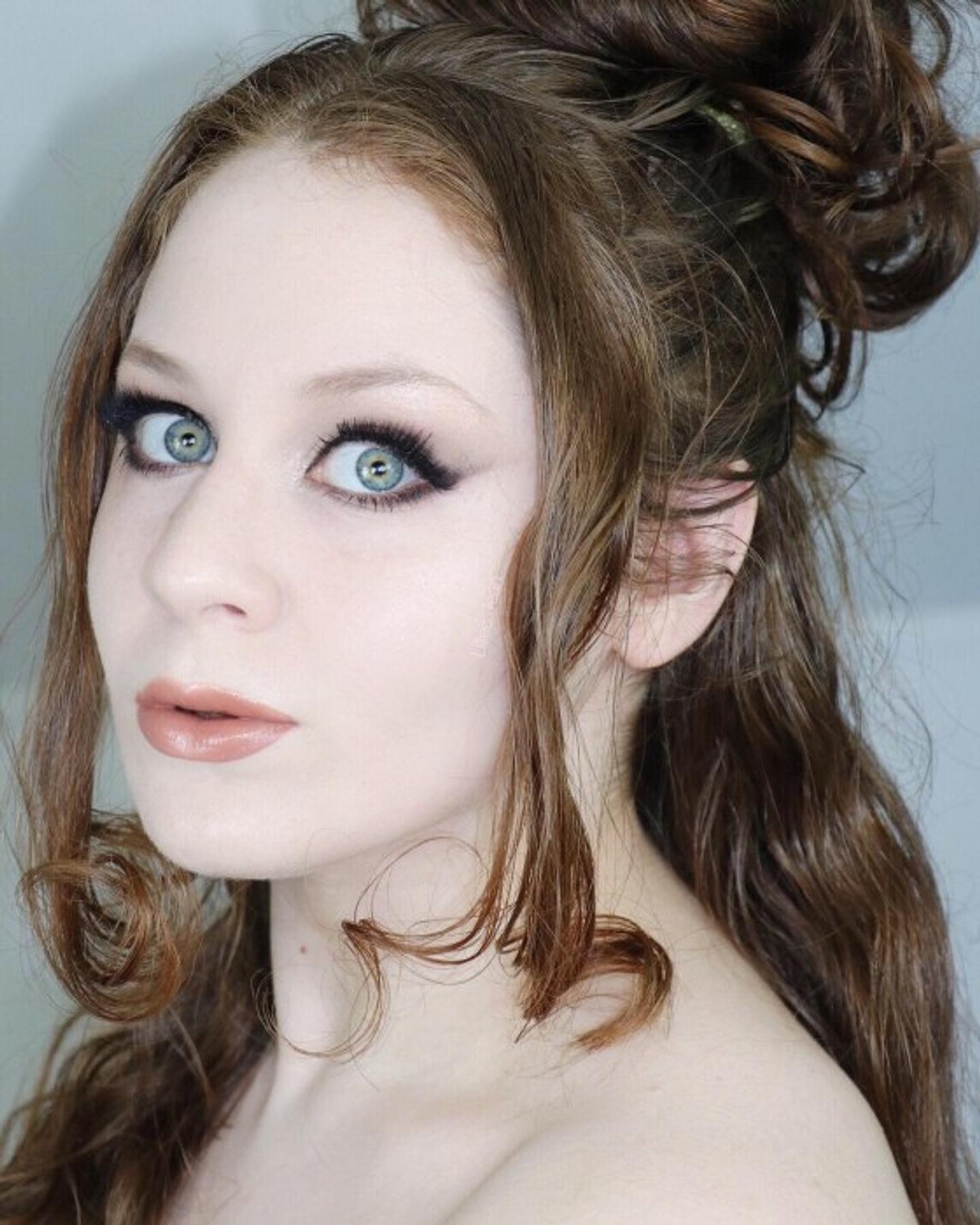 Pin on Glamorous Makeup