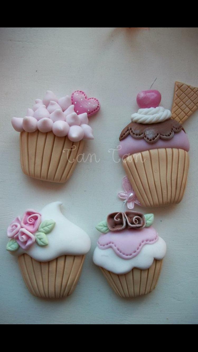 Pin de Pacha Mama de Luciana Dapsich em Aretes,collares y algo mas |  Biscuit, Potes de biscuit, Chaveiros de biscuit