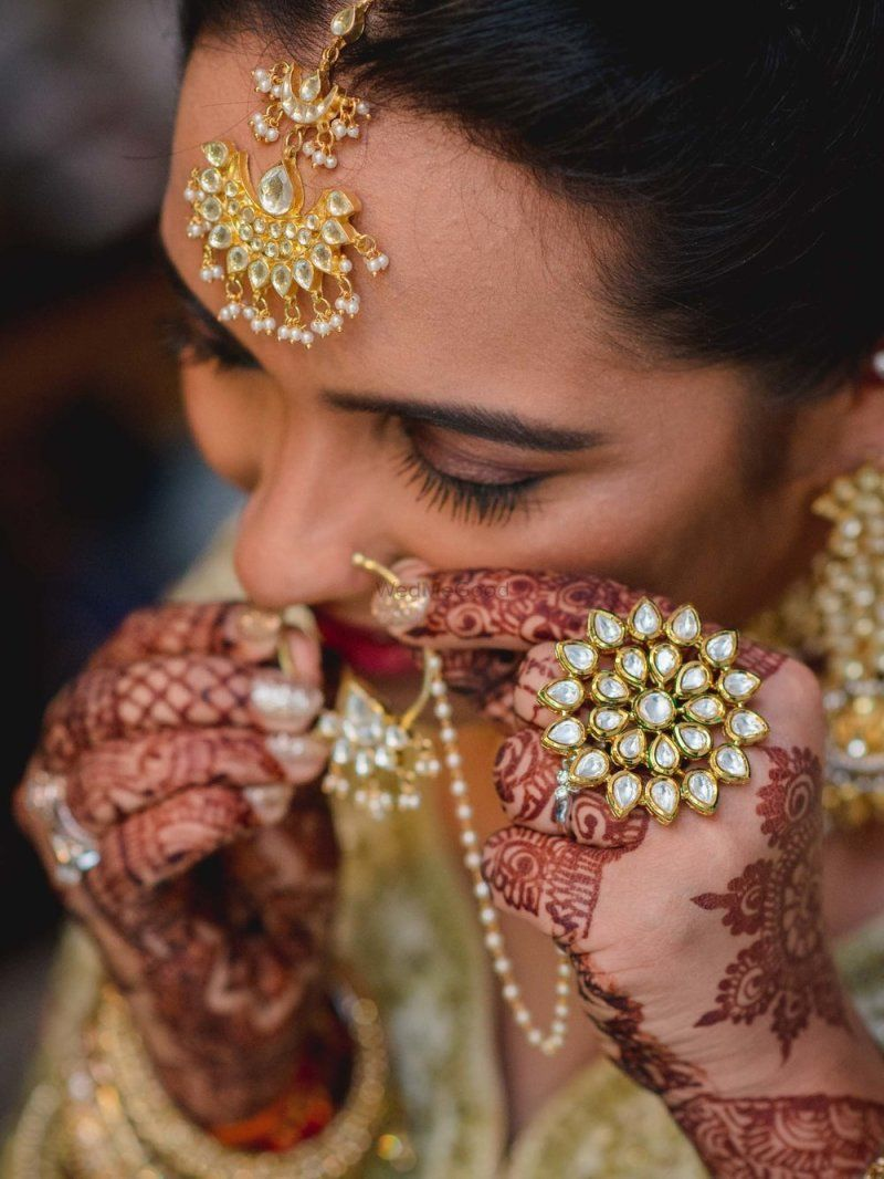 a smile is the most beautiful accessory that a bride can wear! 5