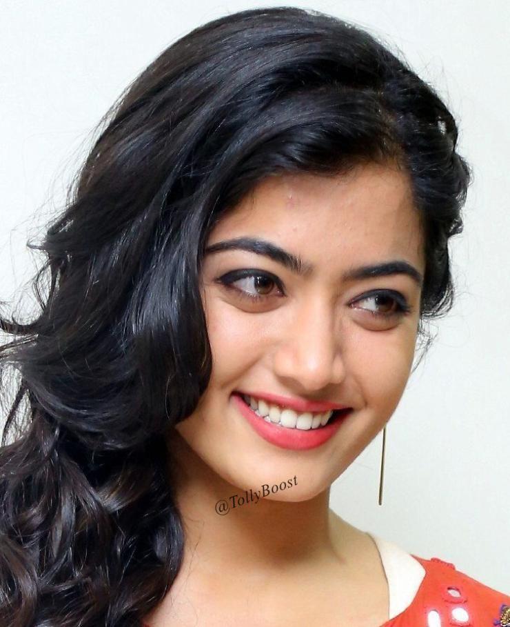 Indian Model Rashmika Mandanna Long Hair Face Close Up Most