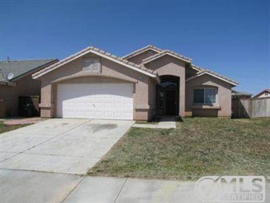 Adelanto Home For Rent Renting A House House Styles Zillow