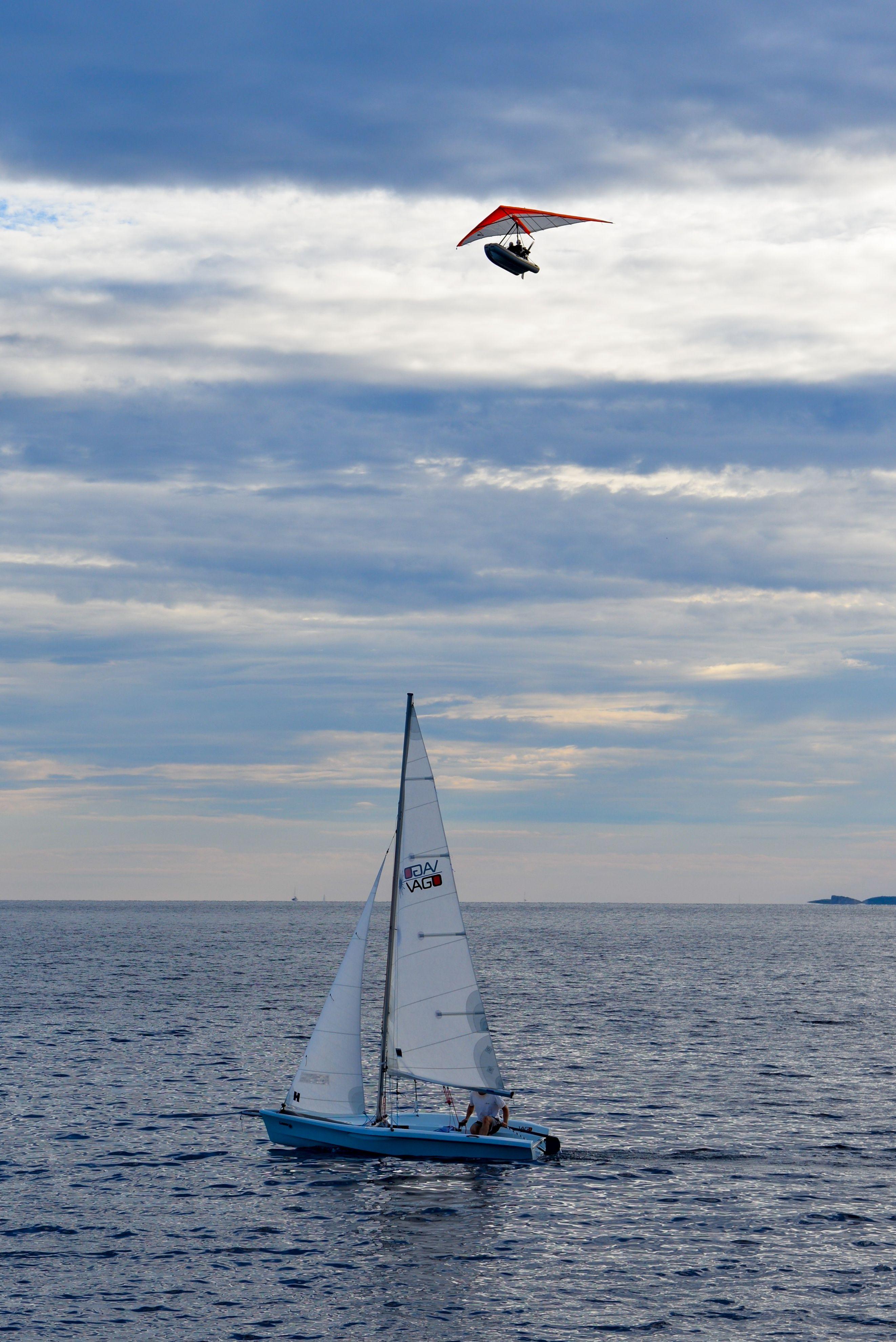 #Sail #boat #deltaplano