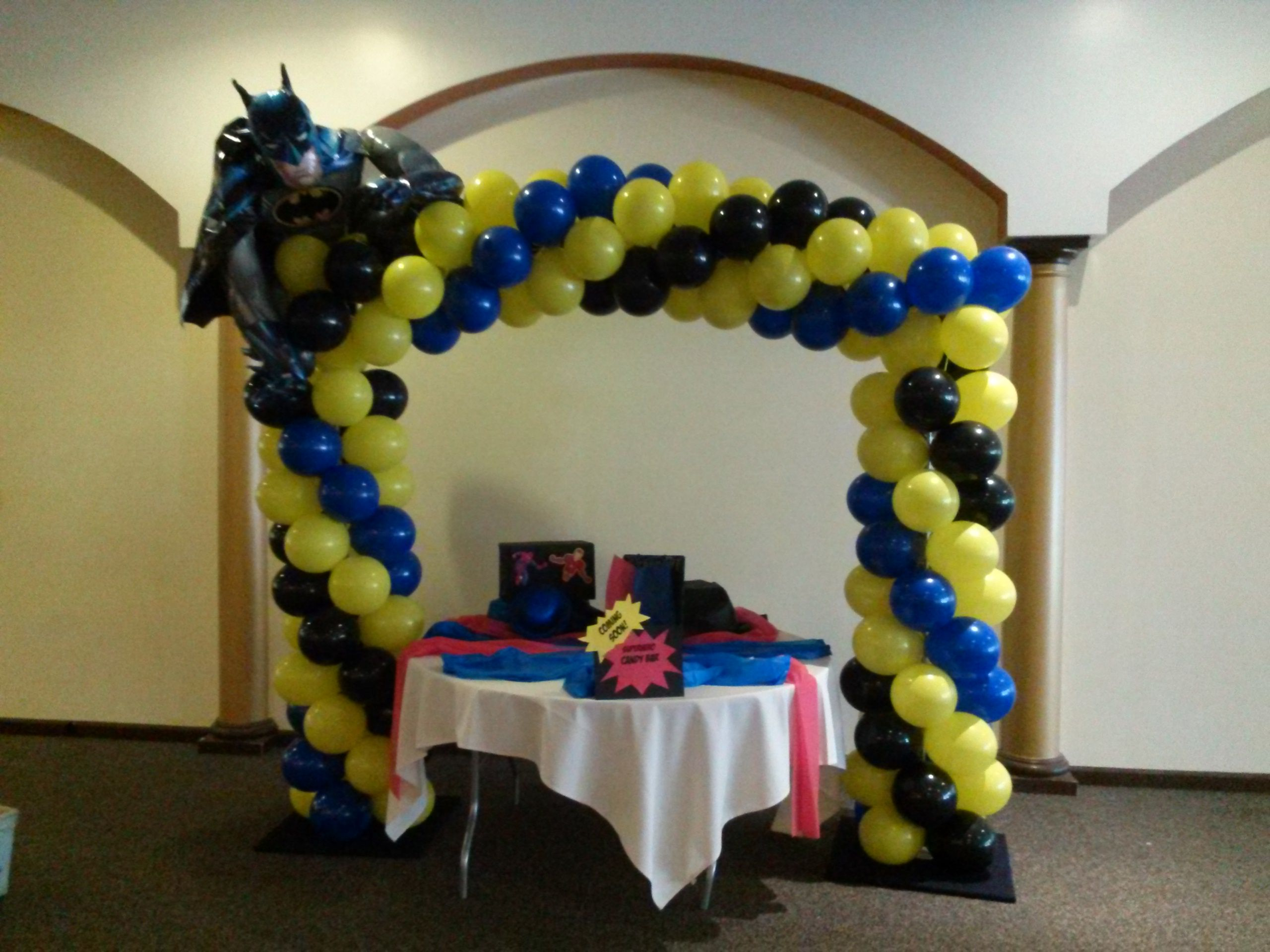 Batman balloon over cake table Balloons deliveries for ...