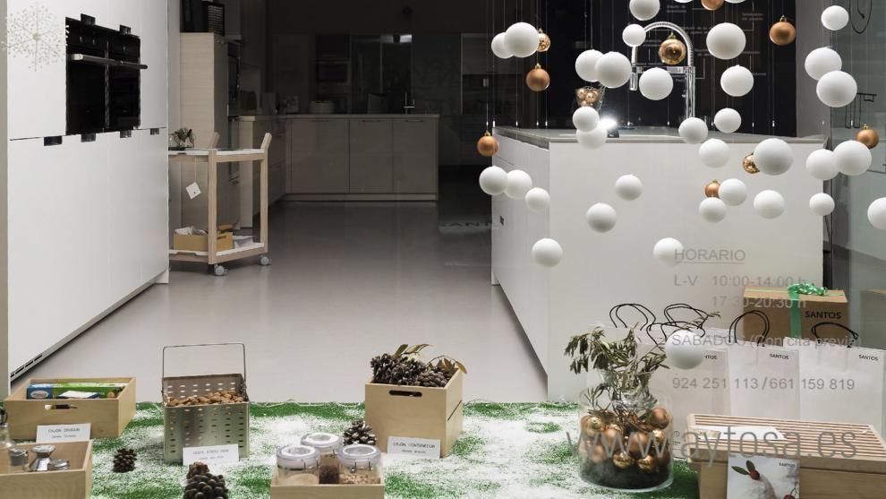 Aytosa, tienda de cocinas Santos en Badajoz, presenta su decoración ...