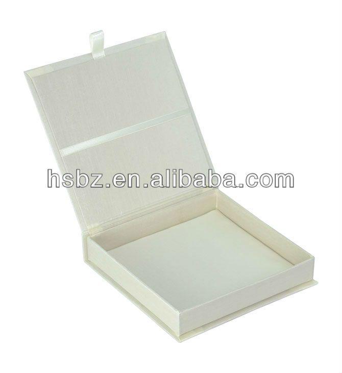 Gift Box Wedding Invitations: Wedding Invitation Boxes Product