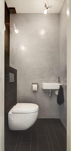 Kleines Gäste WC mit Wand-WC compact und kleinem Handwaschbecken ...