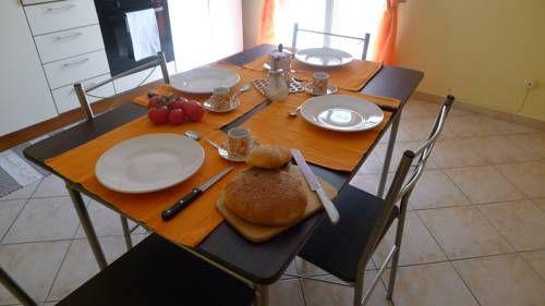 Marisa&Sara Holiday Homes Balestrate Marisa&Sara Holiday Homes is situated in Balestrate, 32 km from Palermo. Trapani is 44 km away.  Marisa&Sara Holiday Homes also includes a barbecue.  San Vito lo Capo is 28 km from Marisa&Sara Holiday Homes.