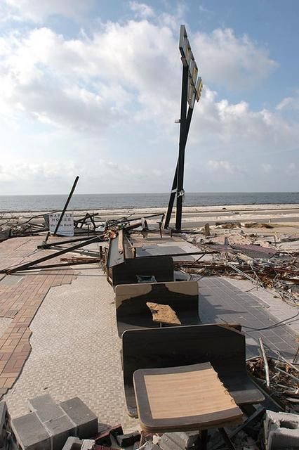 Very Little Remains Of This Restaurant Across Highway 90 From The Gulf Of Mexico Gulf Of Mexico Katrina Photo Biloxi