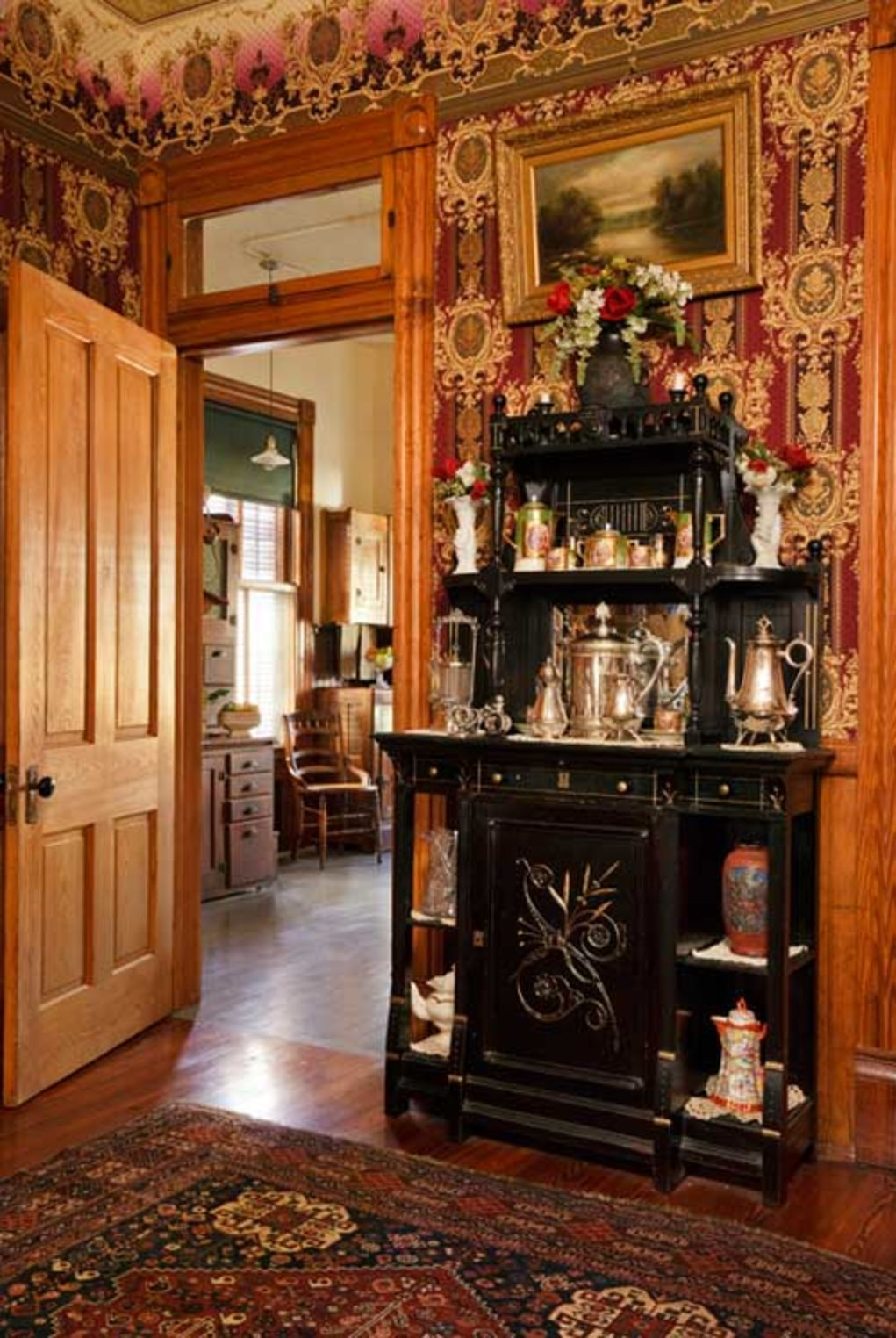 An Authentic Victorian Kitchen Design