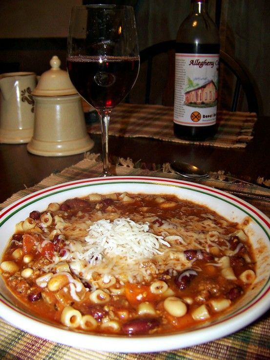 Olive Garden's Pasta e Fagioli Soup...1 lb. ground beef, 1 small onion, diced, 1 large carrot, chopped, 1 stalk celery, chopped, 2 cloves garlic, minced, 1 quart of tomatoes (or 2 14.5 oz. diced tomatoes), 1 15-oz. can red kidney beans (w/ juice), 1 15-oz. can Great Northern Beans (w/ liquid), 1 T. white vinegar, 1 ½ t. salt, 1 t. oregano, 1 t. basil, ½ t. pepper, ½ t. thyme, ½ lb. Ditali pasta.