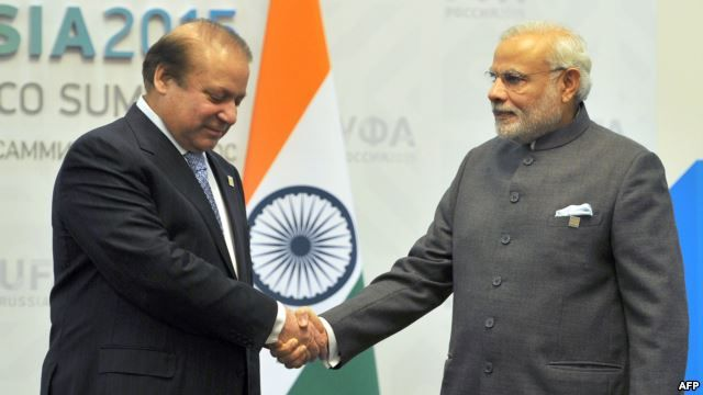 Pakistani Prime Minister Nawaz Sharif (left) meets with Indian Prime Minister Narendra Modi ahead of a meeting in Ufa, Russia. in July. Washington has encouraged both countries to engage in direct dialogue to reduce tensions.