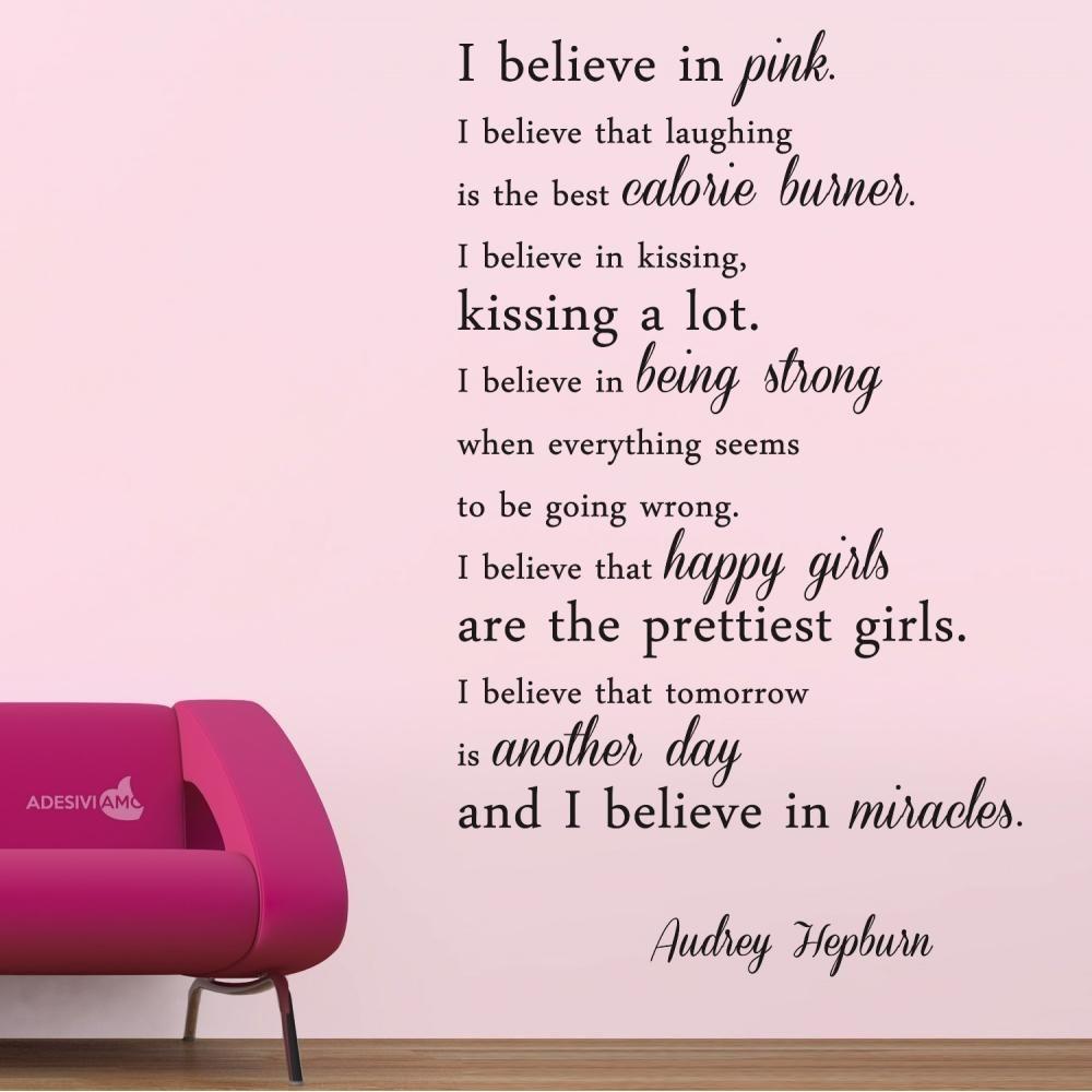 Adesivi Murali Audrey Hepburn.Adesivi Da Parete Audrey Hepburn I Believe In Pink Adesivo Da
