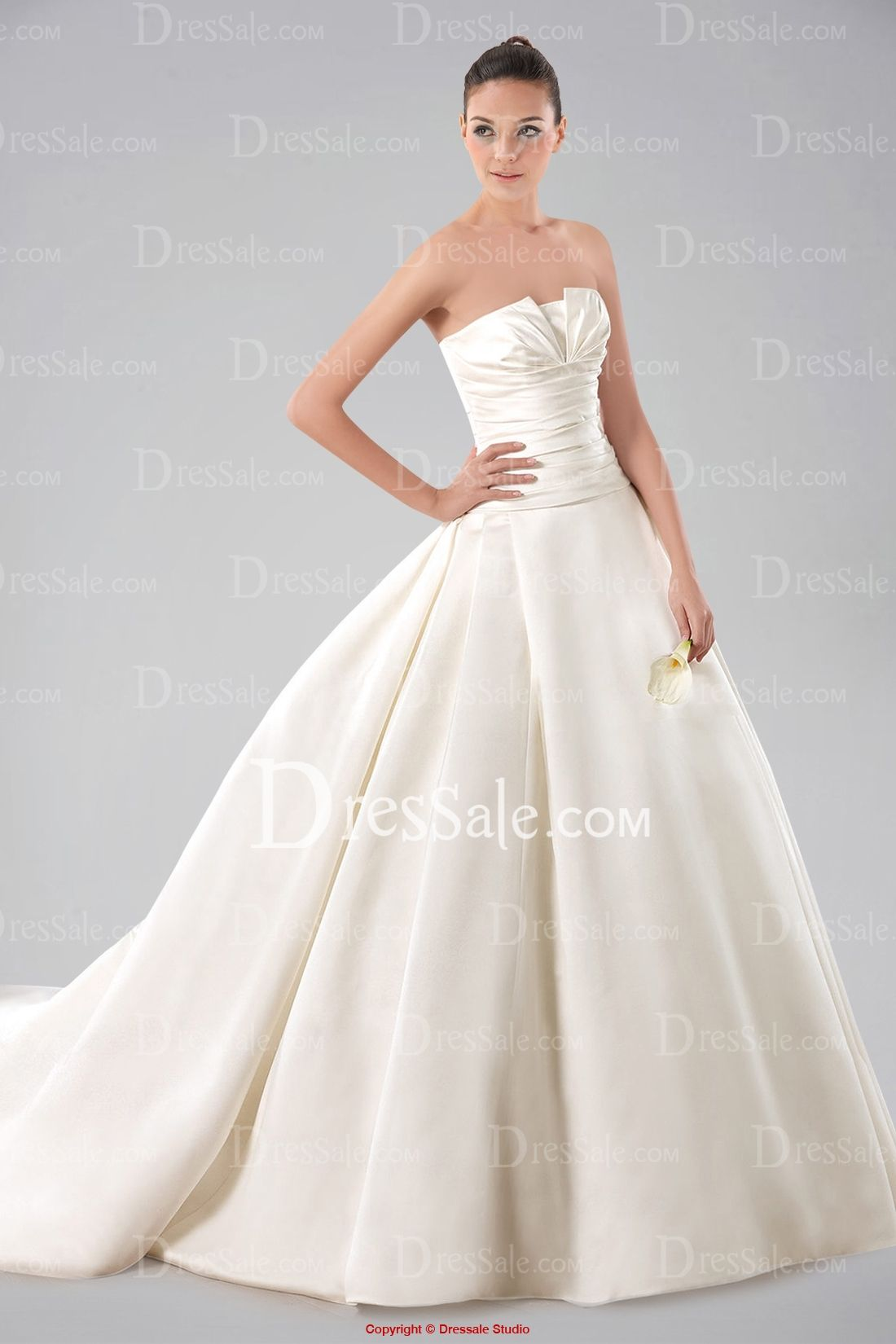 Minimalist Strapless Ball Gown Satin Wedding Dress With Pleated Bodice And Buttons: Pleated Bodice Strapless Wedding Dress At Reisefeber.org