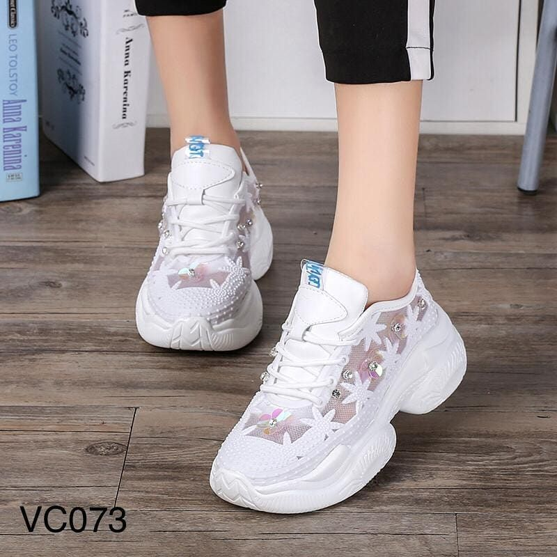 Assalamualaikum Best Seller Ready Stock Ly Sneakers Shoes