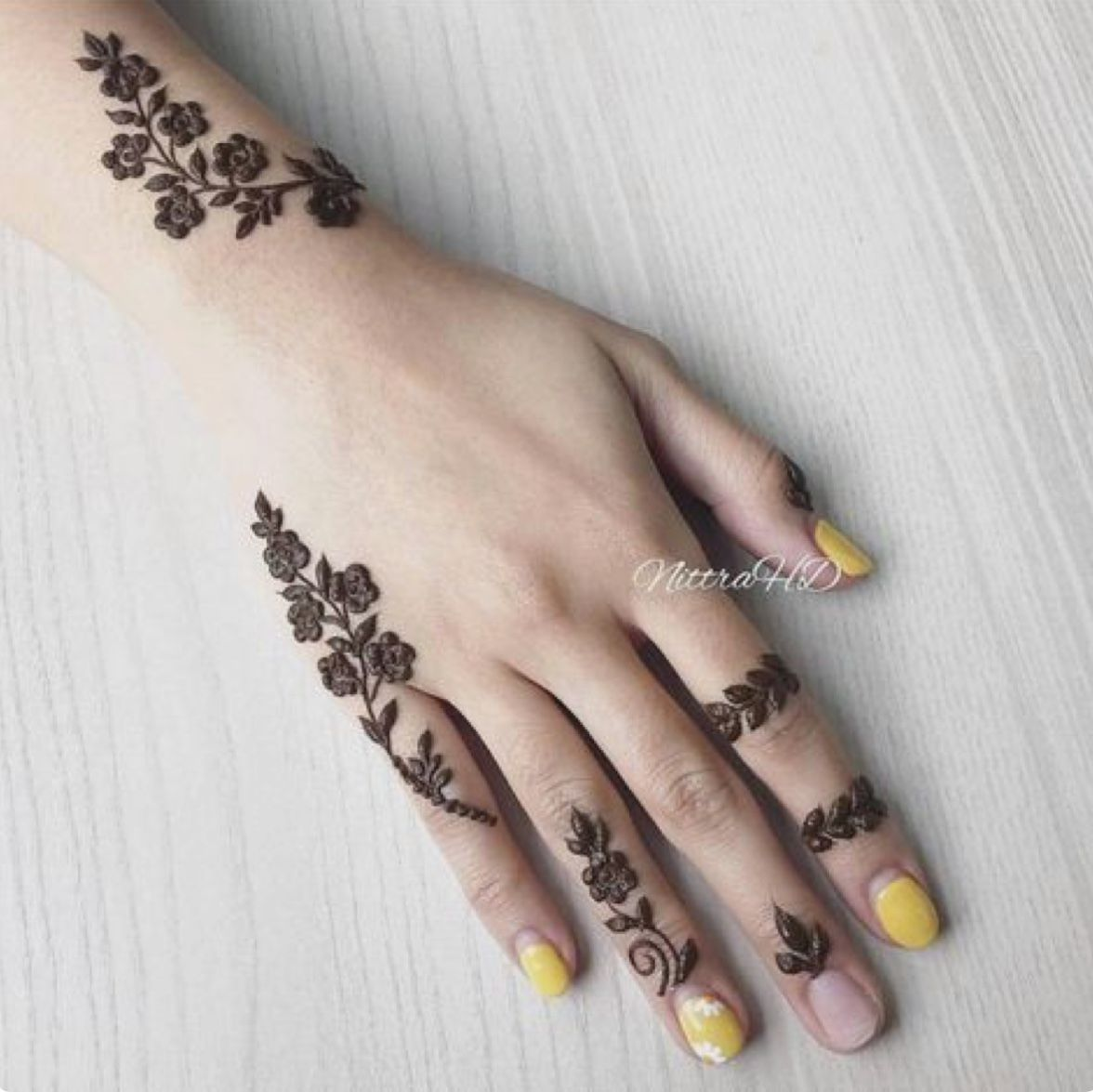 That Is So Beautiful Henna Designs Hand Mehndi Designs For