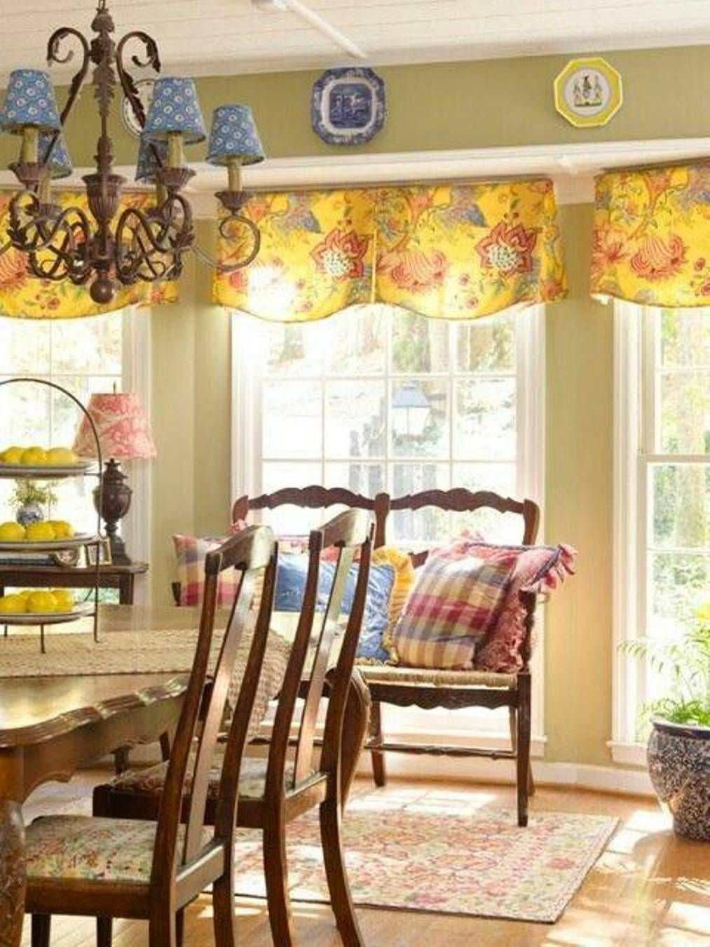 Dining Room  French Country Dining Room Decorating Ideas  French Mesmerizing Dining Room Valance Design Inspiration