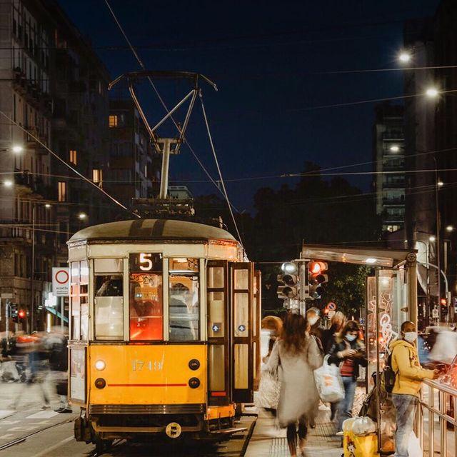 Carlettocastoro Karl Zaf ملف شخصي في Instagram قصص Imgkoa In 2021 Scenes Street Street View