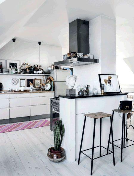 Nordischer Flair in der Küche #KOLORAT #Wandfarbe #Wandgestaltung - wandgestaltung kche farbe