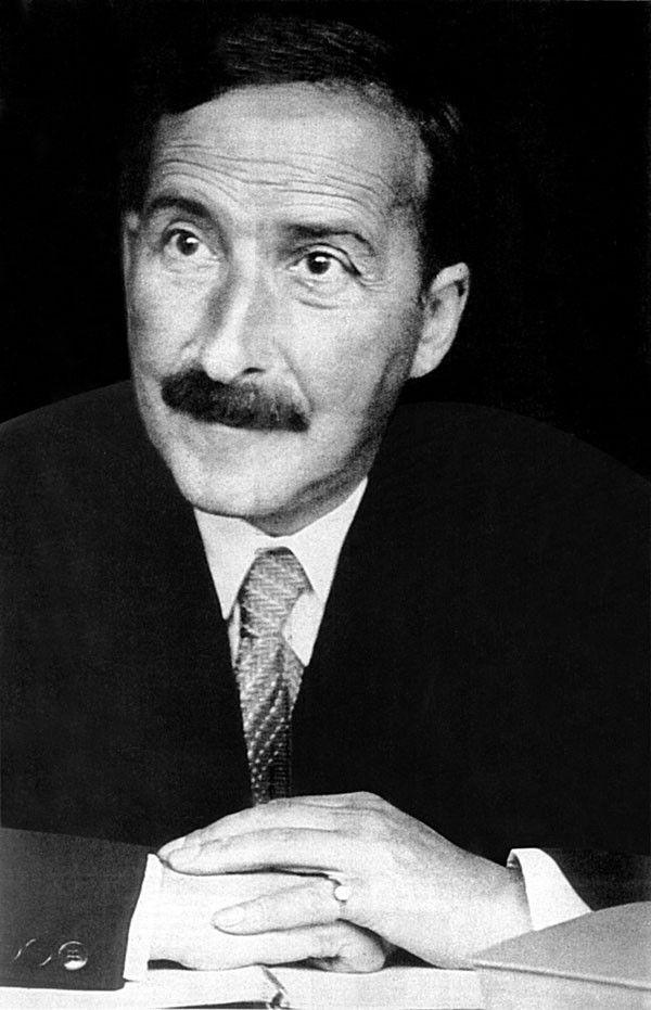 Stefan Zweig 1881 In Wien Gestorben Am 23 Februar 1942 Durch Freitod 1933 Kommt Es In Deutschland Zu Den Bucherverb Stefan Zweig Literatur Schriftsteller