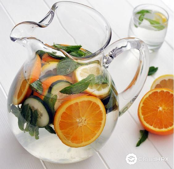 14 BEAUTIFUL FRUIT-INFUSED WATERS TO DRINK