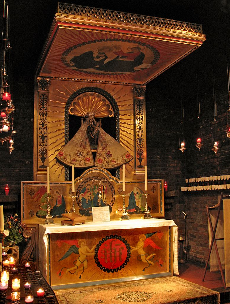 Anglican Shrine Of Our Lady Of Walsingham In Holy House To