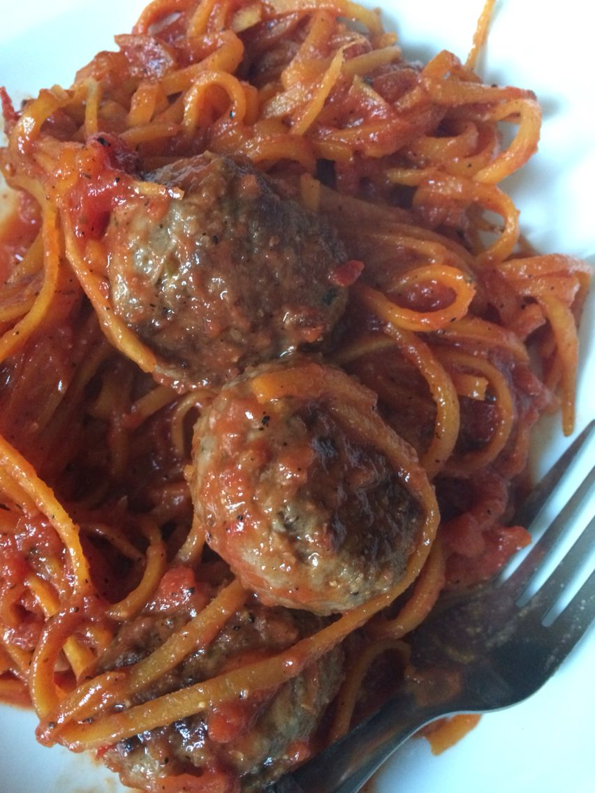 Boodles - butternut squash spiralised! With meatballs and a tomato based sauce