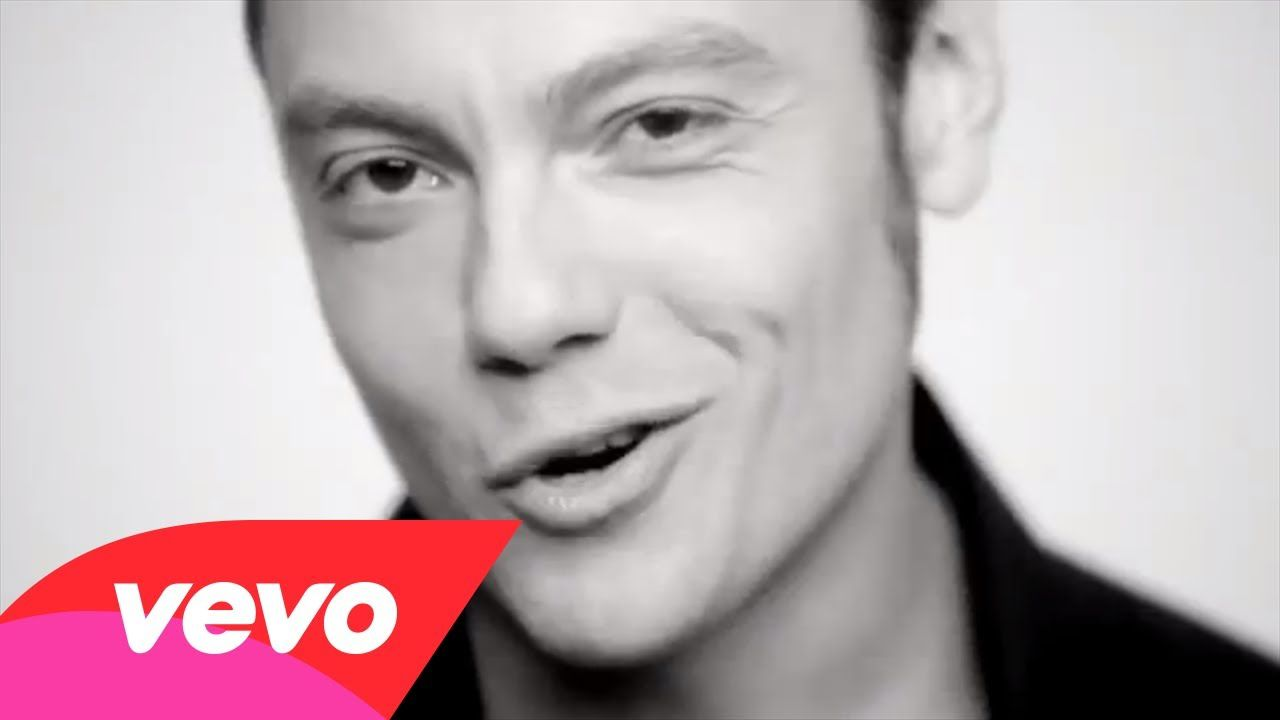 Tiziano Ferro - La differenza tra me e te ohhh...such a voice!