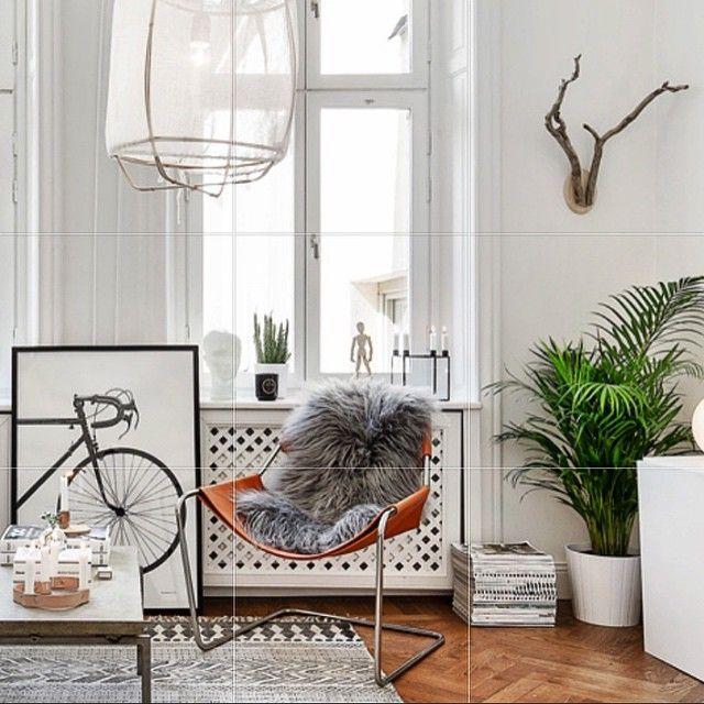 Skeppargatan 22 till salu. Styling @scandinavianhomes #scandinavianhomes #home #homedecor #decor #interior #interiör #interiordesign #eames #designclassic #ikea #boconcept #svartochvitt #betong #betongbord #marmor #mässing #marble #brass #stockholm #sweden #interiör #inredning #heminteriör #hay #design #blackandwhite #furniture #architecture #styling #svenskttenn The post Skeppargatan 22 till salu. Styling @scandinavianhomes #scandinavianhomes #home #… appeared first on BlinkBox.