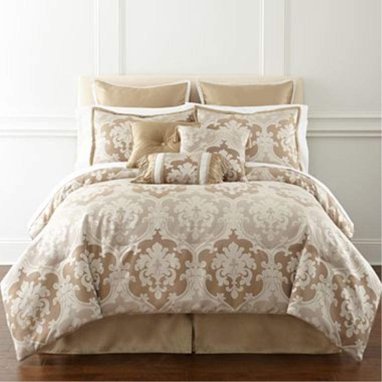 JCPENNEY LORRAINE DAMASK 7 PIECE FULL COMFORTER SET