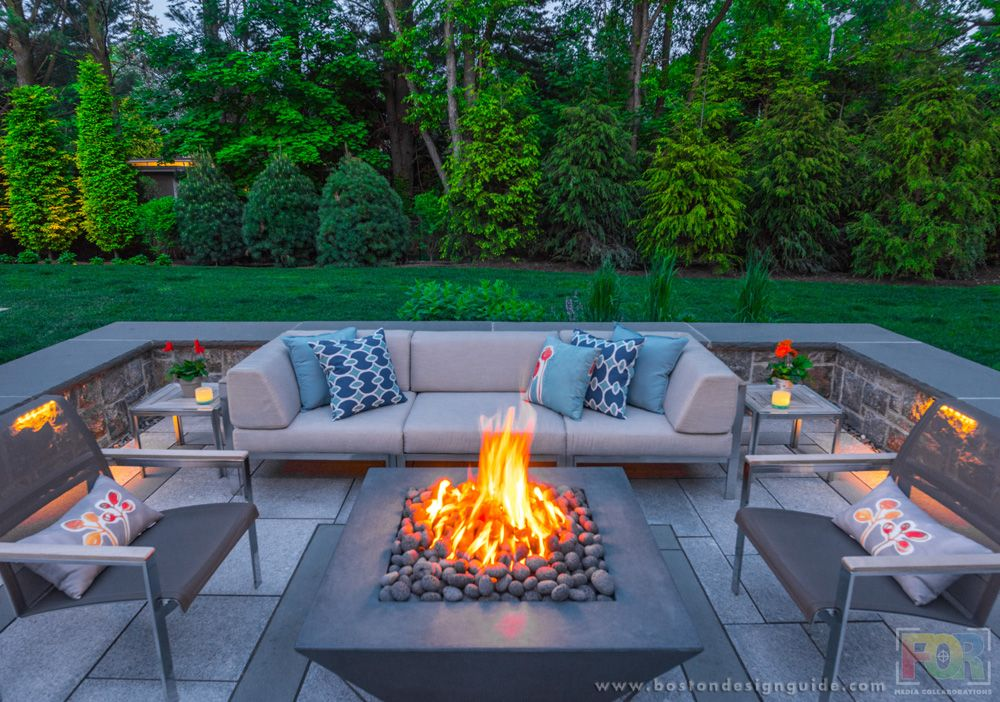 10 Outdoor Fireplace And Firepit Designs For Fall Fire Pit Backyard Fire Pit Decor Small Fire Pit