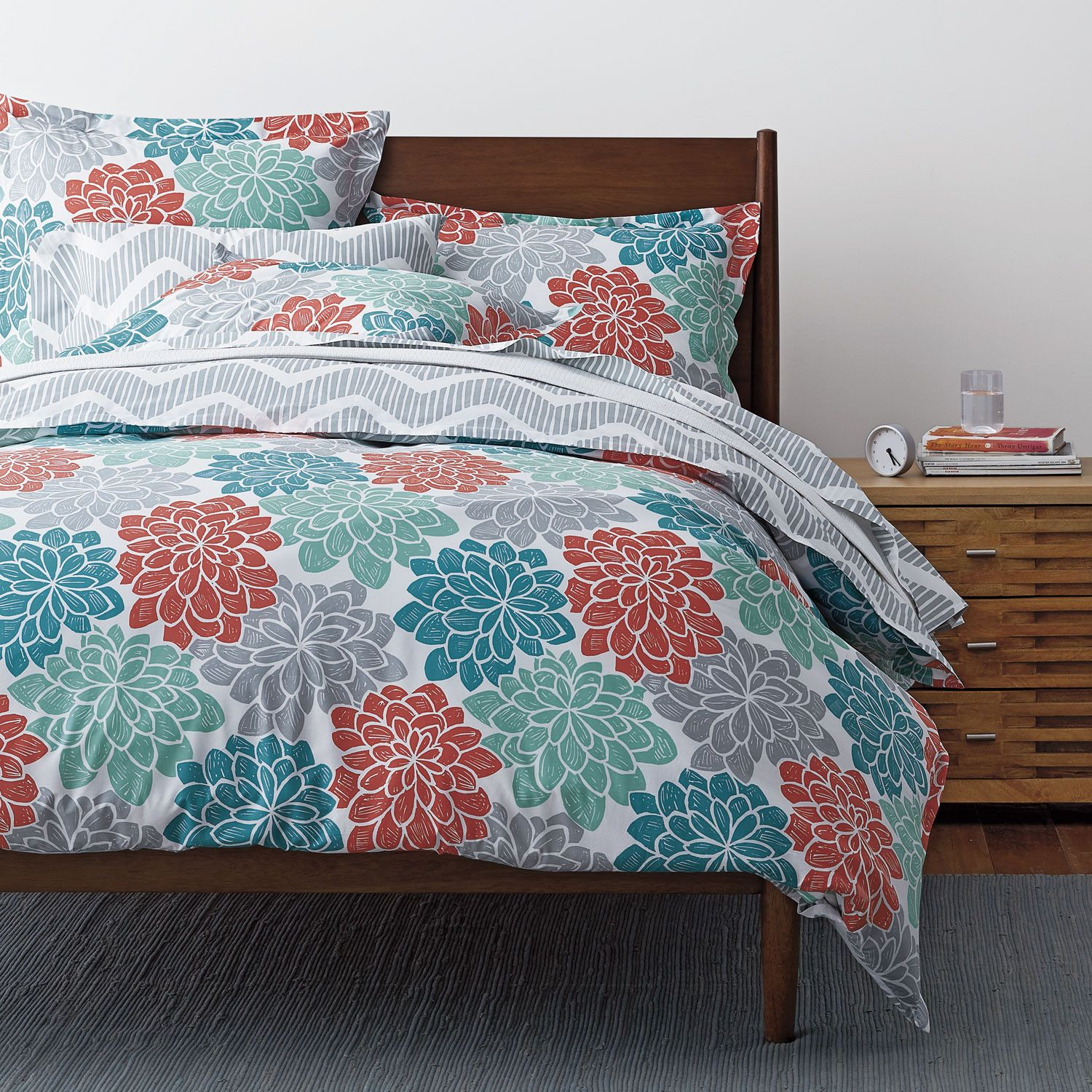 This bold duvet cover flourishes in any bedroom with its
