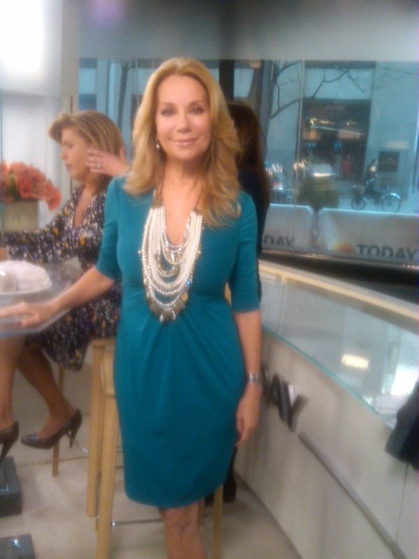 Kathy Lee Gifford  Spotted In Donna Ricco In 2019  Kathie Lee Gifford, Dresses, Sexy Older -8524