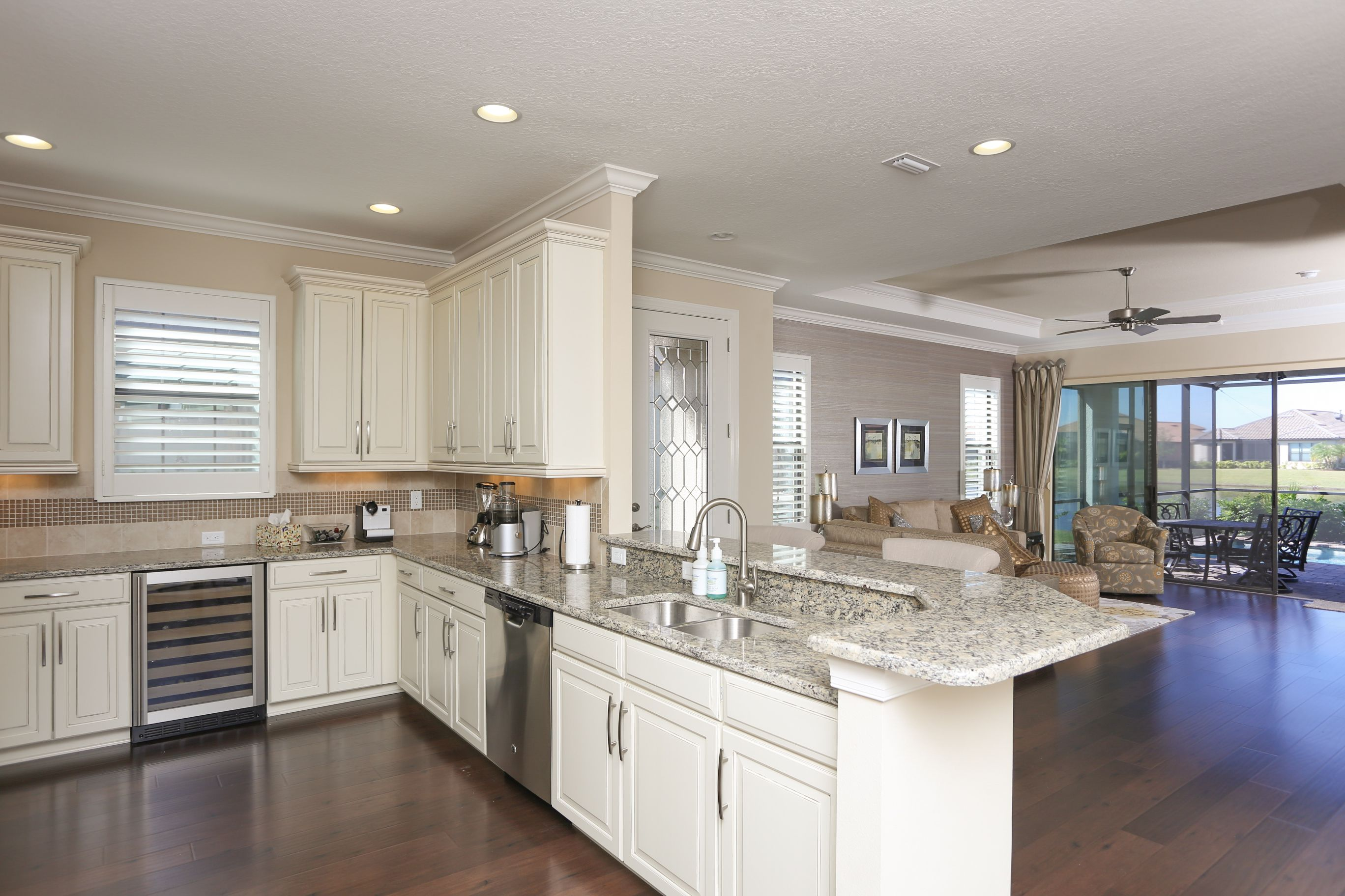 Complete Your Kitchen With Lovable Kitchen American ...