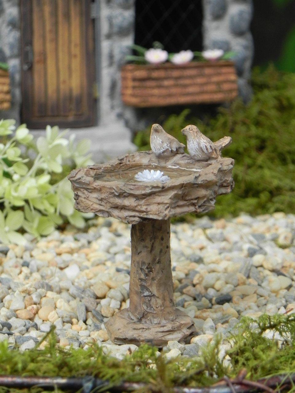 Fairy garden accessories birdbath with bird and water effect