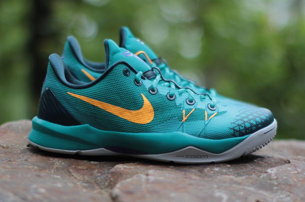 newest a523a d2c54 Nike Zoom Kobe Venomenon 4