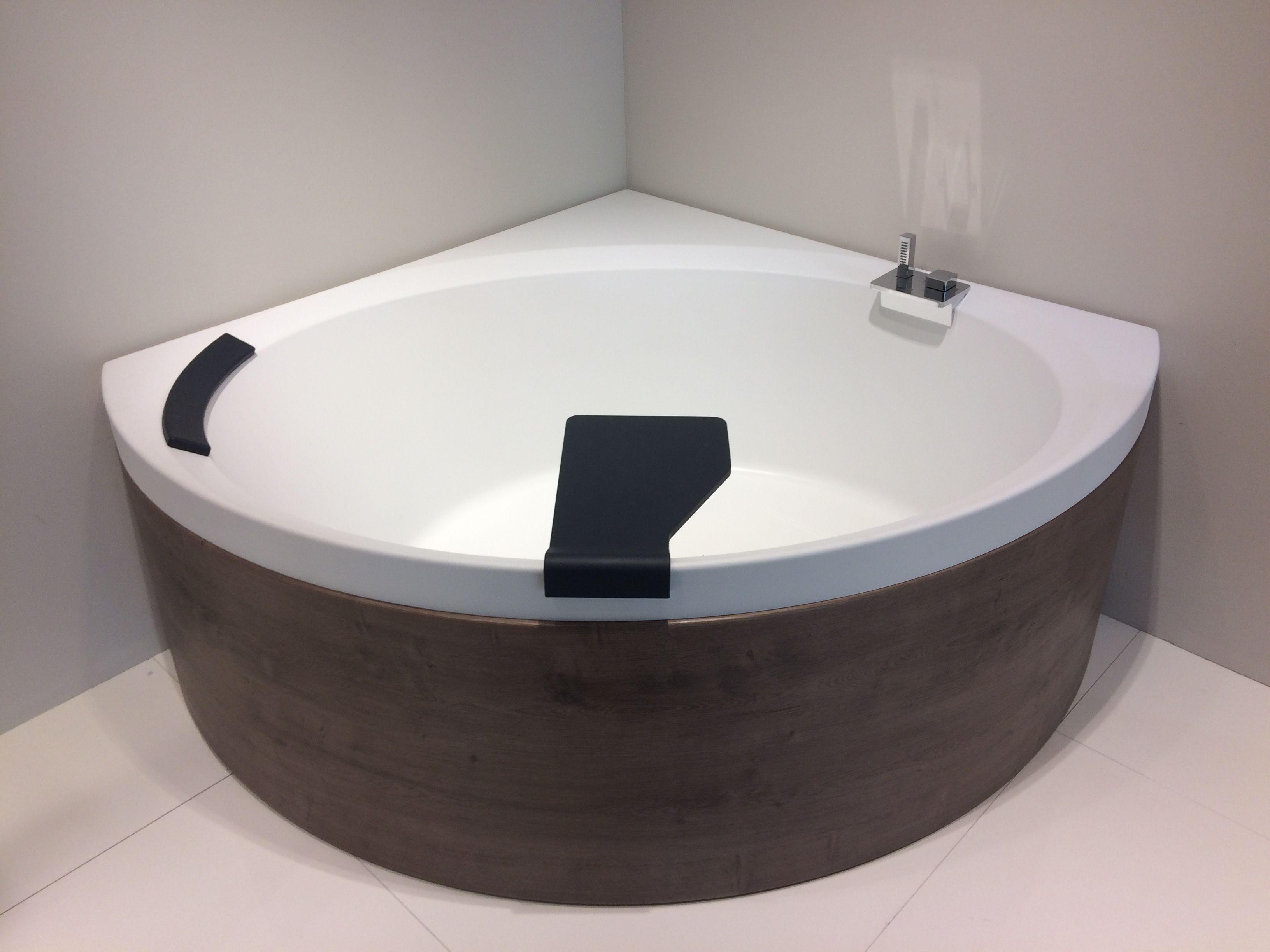 novellini divina hoekbad mat wit acryl voorpaneel in kleur