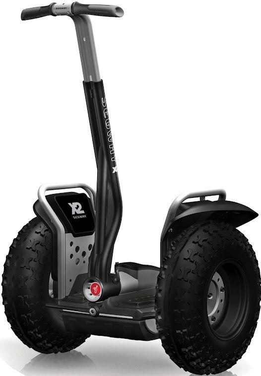El Segway® Personal Transporter X2 ofrece un gran rendimiento en distintos terrenos con un impacto medioambiental mínimo. Con sus neumáticos todo terreno, unos guardabarros más fuertes, las baterias de ión- litio y un software especialmente preparado