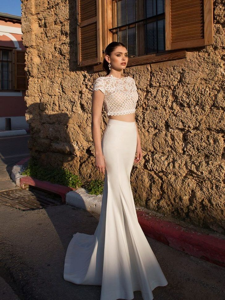 Short sleeves Lace wedding dress separates - stunning two-piece gown with a white lace top embellished with imitation pearls to add a touch of sparkle classic trumpet wedding gown #croptop #weddingdress #twopieceweddinggown #wedding