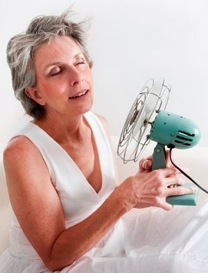 Home Remedies & TIPS For HOT FLASHES Due To Menopause.  Mommy Edition.