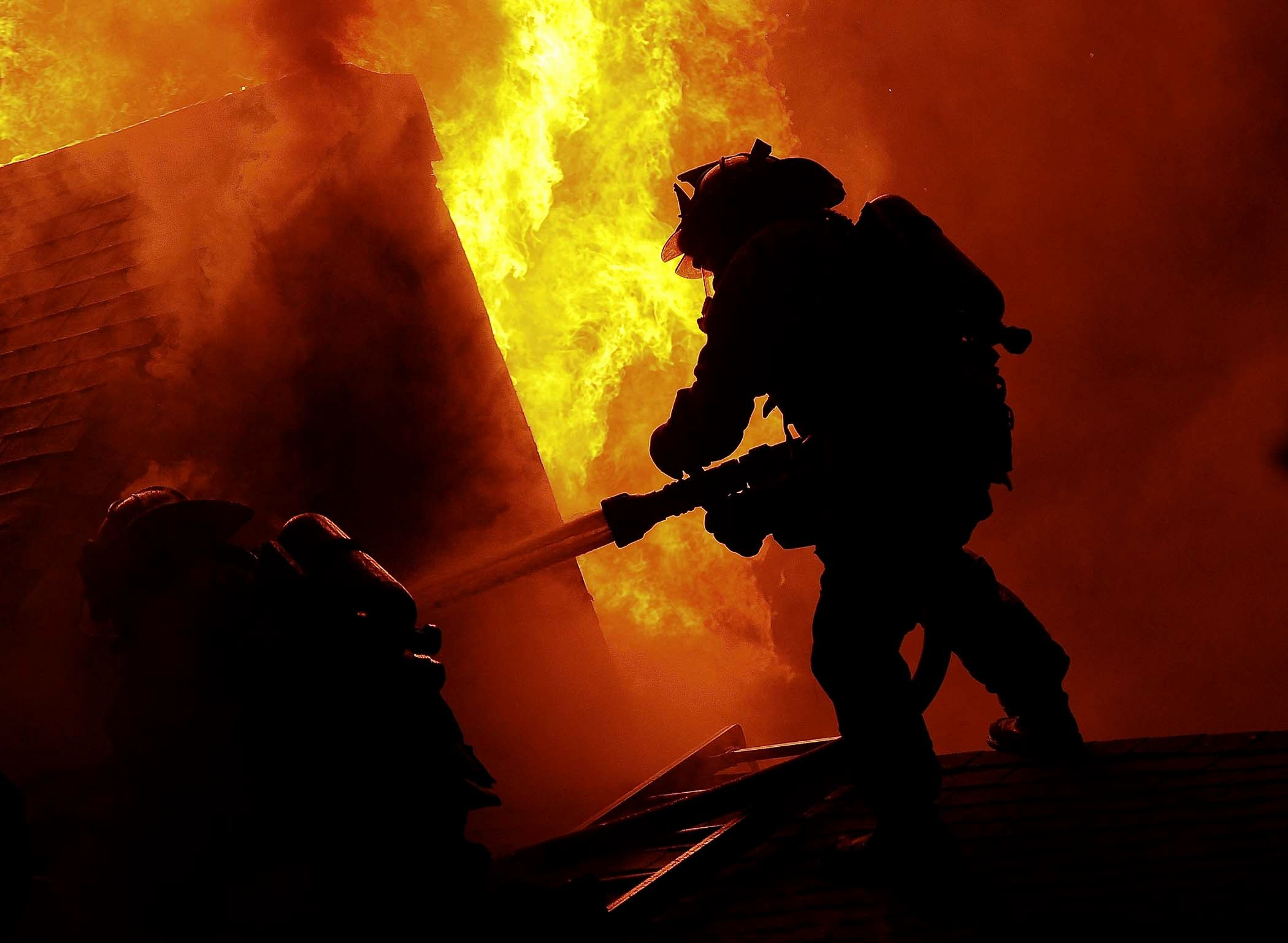 60 Hd Firefighter Wallpapers On Wallpaperplay Firefighter Firefighter Pictures Navy Seal Wallpaper