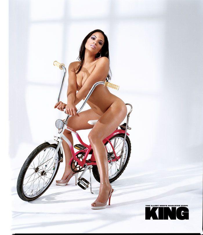 Nude bike model