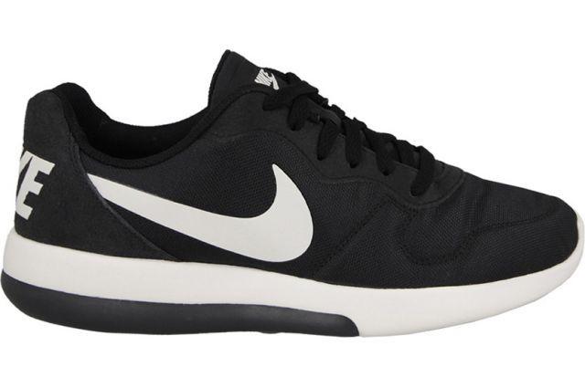 various colors 1707c 424be Nike MD Runner 2 LW Black/Black   Nike   Sneakers nike, Nike, Nike ...