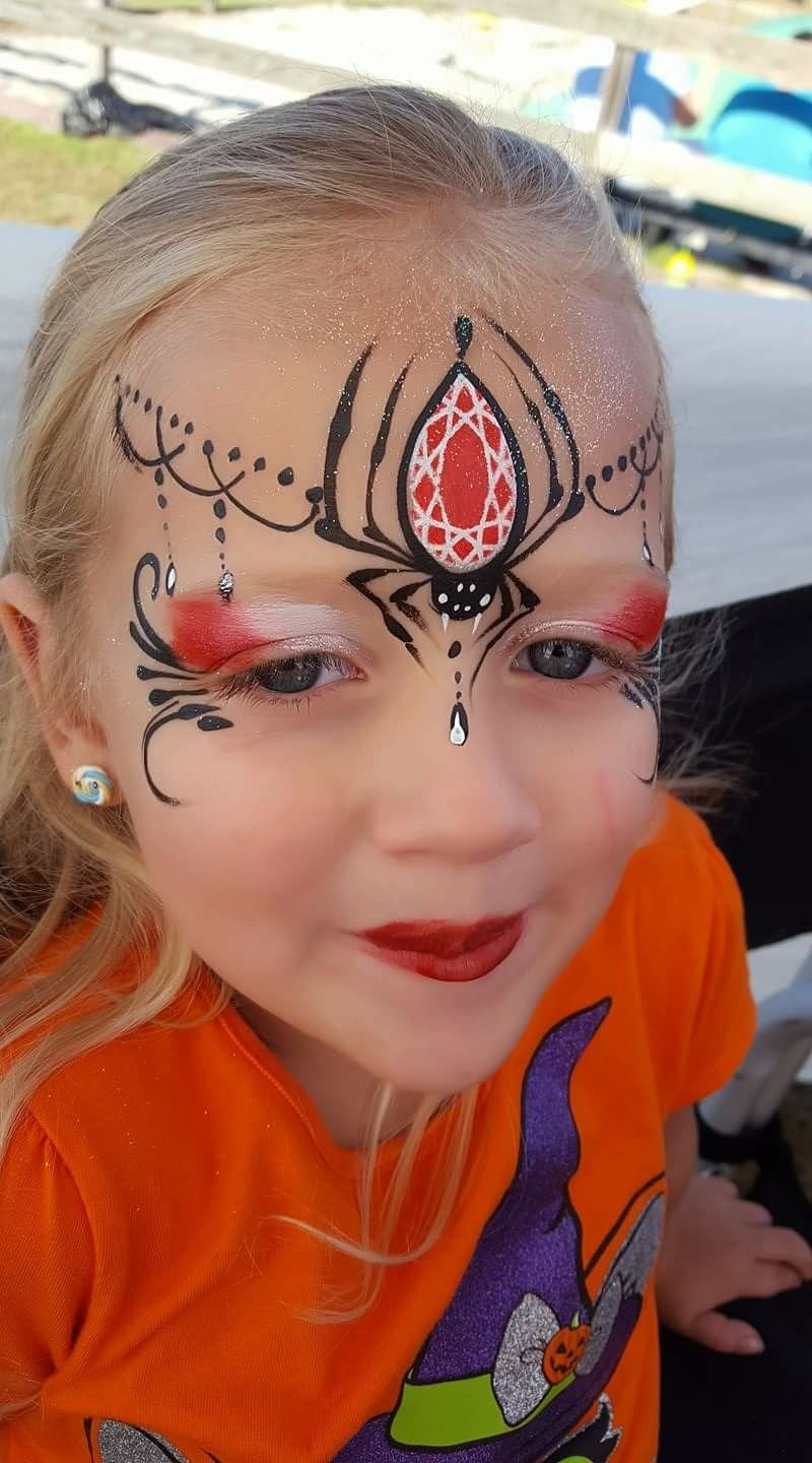 Ashley Pickin Spider Queen face painting design #dollfacepainting
