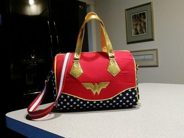 f0f519b2fcce5b Wonder Woman - Swoon Blanche - PURSES, BAGS, WALLETS   Wistful   Bag ...