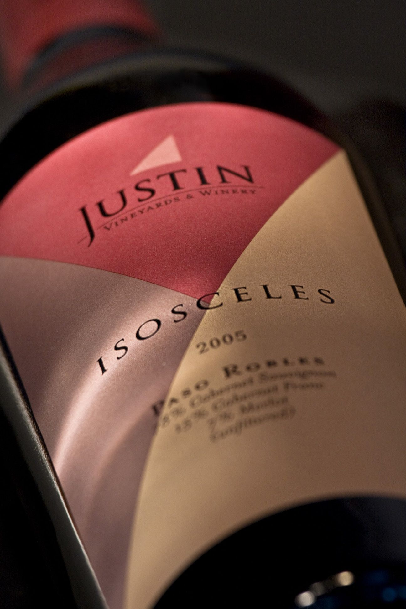 Pin By Lindsey Edwards On What You Should Be Drinking Wine Label Packaging Wine Varietals Justin Winery
