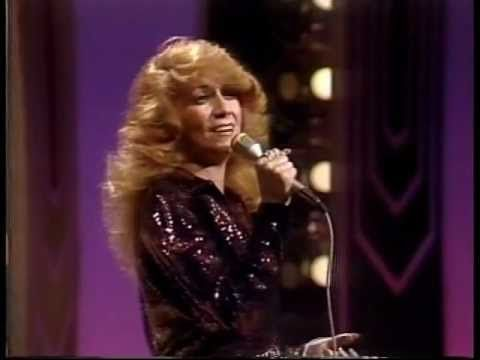 Dottie West - Lesson In Leavin' - YouTube | MUSIC: COUNTRY CLASSICS