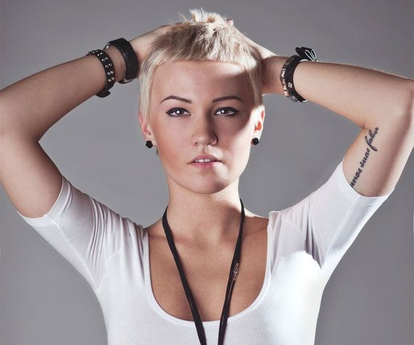 30 Sexy Short Hairstyles For
