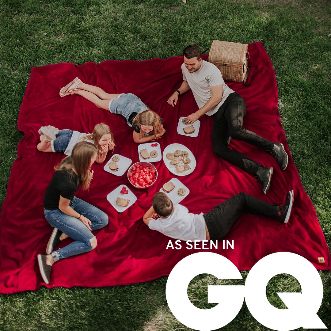 Perfect for the backyard, blanket forts in the living room, and family movie nights 😍 Order today