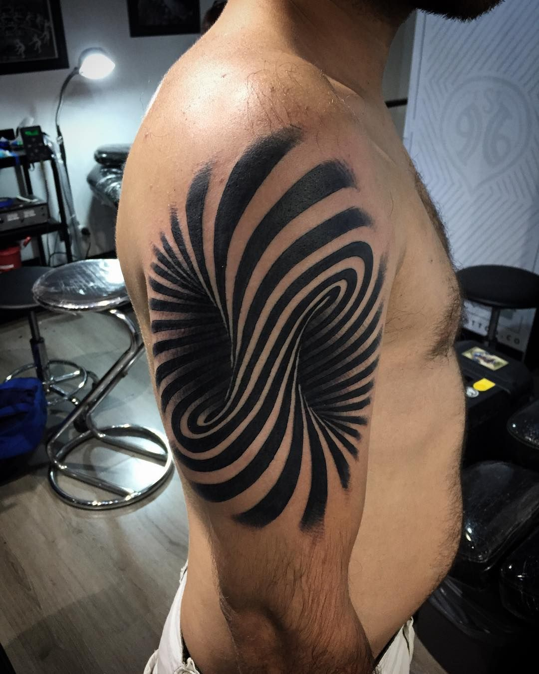Optical Illusion Never Gets Old Optical Illusion Tattoo Tattoos For Guys Tattoo Designs Men